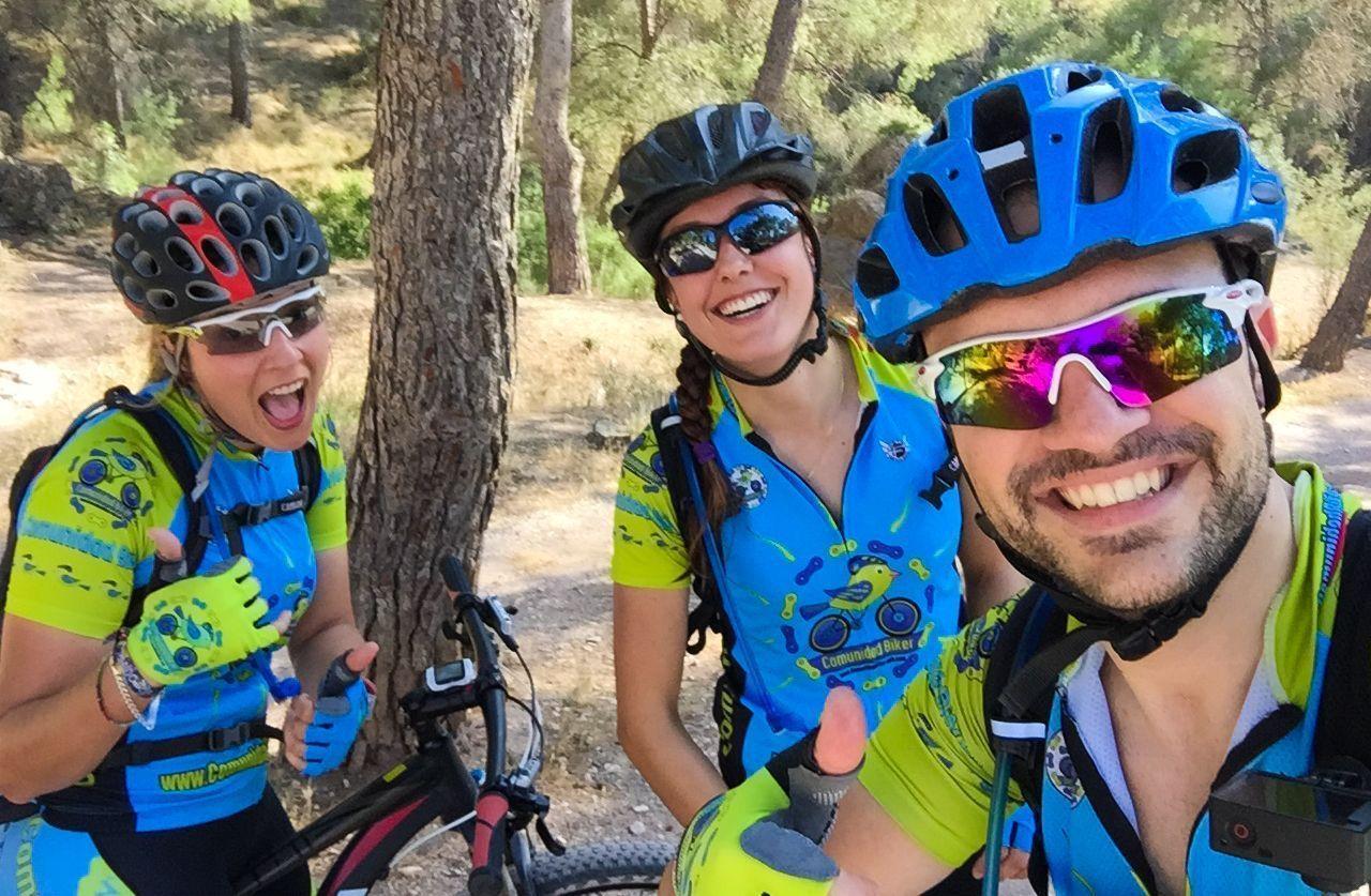 Crónica de una tarde calurosa con Laura y Patricia por los montes de Murcia