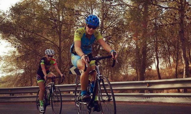 Crónica Ruta de ciclismo de carretera con las Mambas Negras y 50 personas más