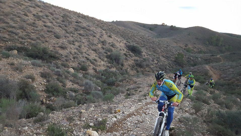Crónica ruta MTB Molina Alcayna Rambla Monjas Senda de la Fuente Ascenso Minijamón Rambla Alcayna Coto Cuadros Camino Torretas Perdices y Conejos