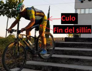 Técnica de descenso de escaleras en ciclismo de montaña - Culo por detrás del sillín
