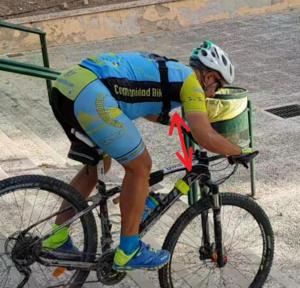 Técnica de descenso de escaleras en ciclismo de montaña - Amortiguar impacto con brazos