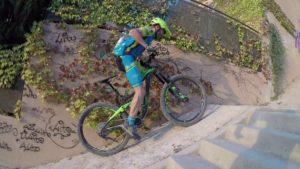 Ascenso rampa inclinada en ciclismo de montaña por comunitario Pedro203 por Comunidad Biker MTB