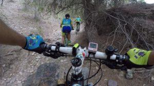 Descenso MTB de rambla de Dorian Gray en Montes de la Ribera con estabilizador gimbal WG2 de Feiyu por Comunidad Biker MTB