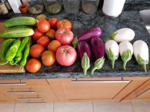 Verduras y hortalizas con mucha agua para hidratación del ciclista antes de las rutas