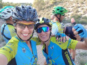 Comunitarias Patricia y María en las Salinas de Molina por Comunidad Biker MTB