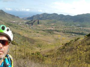 Montaña La Sahora en El Palmar en Tenerife por Comunidad Biker MTB