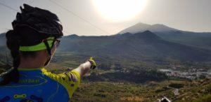 Vistas de Santiago del Teide y el Teide desde inicio descenso Masca por Comunidad Biker MTB