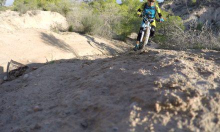 Crónica de la ruta MTB entrenando técnica ascenso y descenso por circuito XCO de Molina Urbanización Fantasma y Salinas