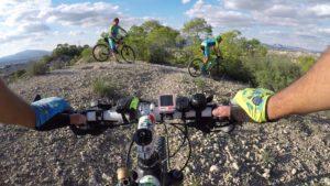 Inicio del decenso en el Circuito Diabólico de Patrick en las Salinas por Comunidad Biker MTB