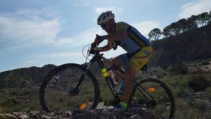 Técnica de ascenso en ciclismo de montaña MTB BTT BXM por Salinas de Molina por Alonsojpd por Comunidad Biker MTB