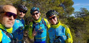 Comunitarios en senda del Aguilucho en sierra de Ricote por Comunidad Biker MTB