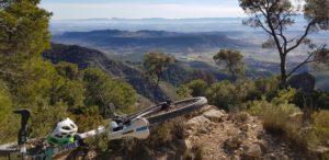 Vistas de los paisajes de la sierra de la Muela desde la senda del Aguilucho por Comunidad Biker MTB