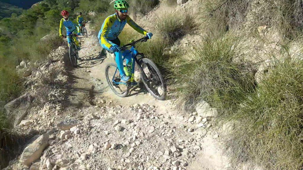 Ascenso técnico MTB BTT del Martillo en la sierra de la Navela por Comunidad Biker MTB